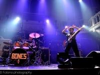 bones-paradiso-fotono_018