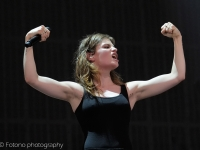 christine-and-the-queens-lowlands-2015-fotono_032