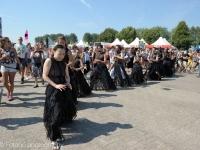 conny-jannsen-danst-lowlands-2015-fotono_004