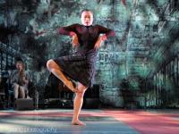 conny-jannsen-danst-lowlands-2015-fotono_022