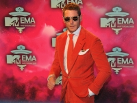mtv_ema_2013_red_carpet_011
