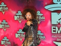 mtv_ema_2013_red_carpet_021