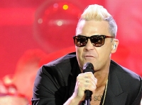 robbie-williams-pinkpop-2015-fotono_004