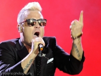 robbie-williams-pinkpop-2015-fotono_006