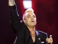 robbie-williams-pinkpop-2015-fotono_013