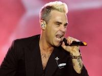 robbie-williams-pinkpop-2015-fotono_017