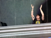 knife-party-sky-city-2014_-fotono_1