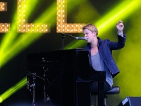 tom-odell-indian-summer-festival-2014_00161