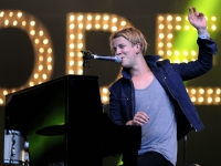 tom-odell-indian-summer-festival-2014_00171
