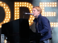 tom-odell-indian-summer-festival-2014_00201