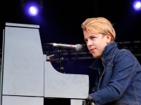 tom-odell-indian-summer-festival-2014_0051