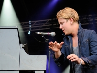 tom-odell-indian-summer-festival-2014_0061