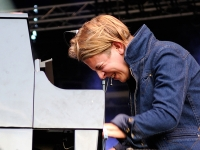 tom-odell-indian-summer-festival-2014_0081