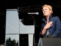 tom-odell-indian-summer-festival-2014_0091